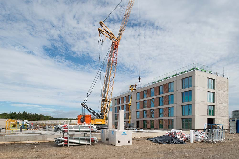 First block at the University of York tops out in just 26 days image